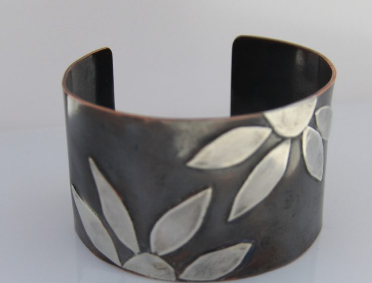 Lizbeth Doran Jewelry Maker & Designer: Mixed Media